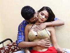 Индийская красавица хорошо известна среди парней, которые хотят ее пои