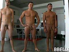 Красивые парни готовы трахать свои сексуальные друзья, пока их парни у